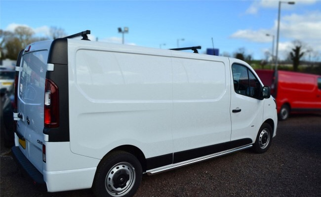 Opel Vivaro SWB Side Bars 2014 onwards